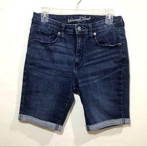 Universal Thread 10/30R Bermuda Dark Wash Shorts
